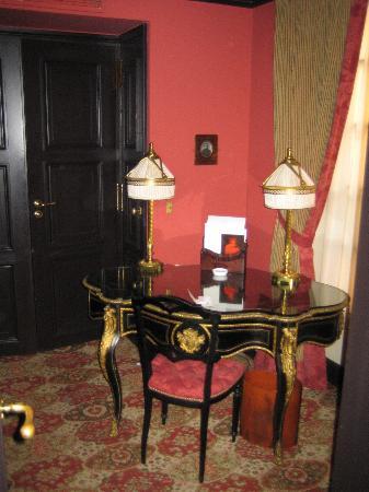 Decoración habitación Hotel Costes