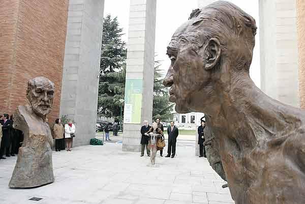 Esculturas Victor Ochoa