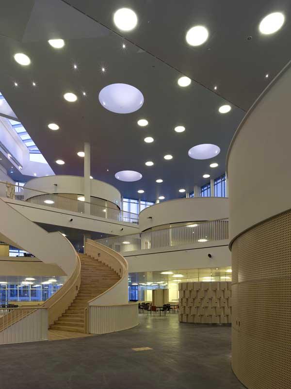 Hall del Orestand College