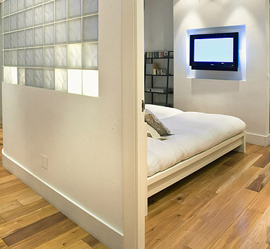Dormitorio en mini apartamento