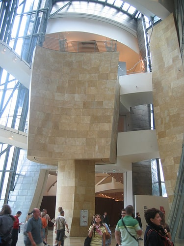Escalera Museo Guggenheim