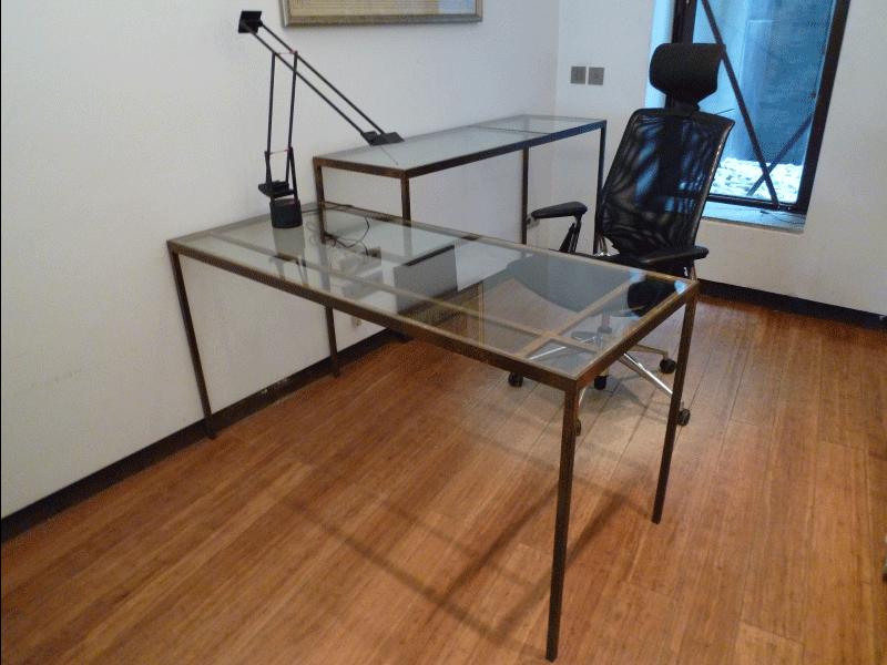 Mesa del despacho del estudio