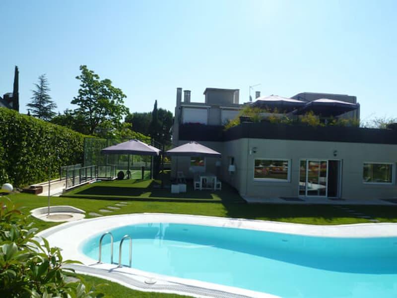 jardin-con-piscina