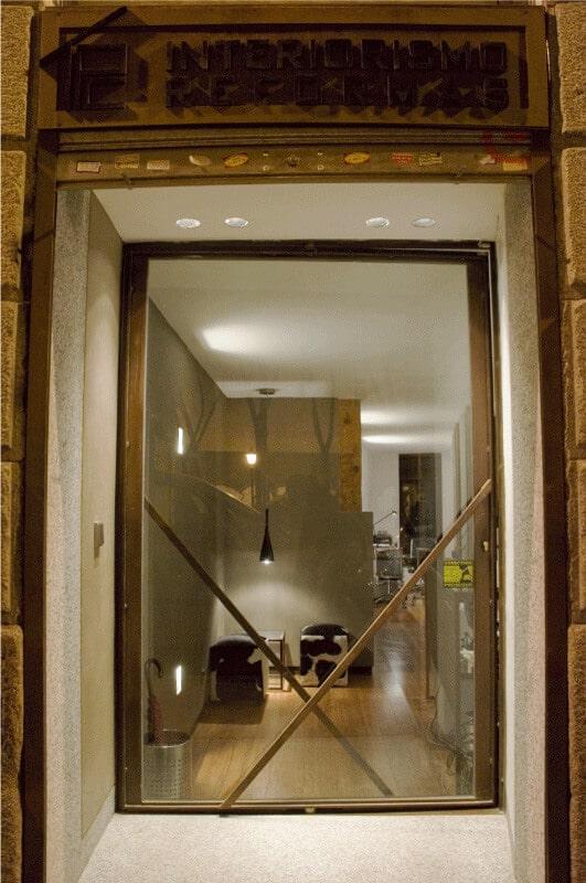 Puerta giratoria estudio